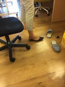 靴カット途中